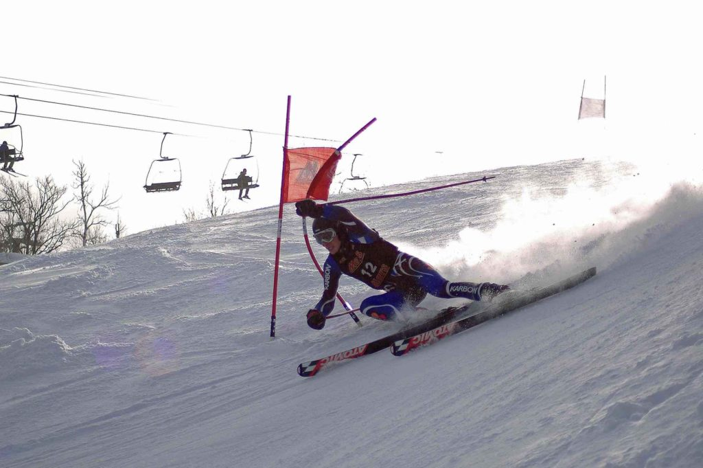 Downhill ski racer at Georgian Peaks private Blue Mountains ski club